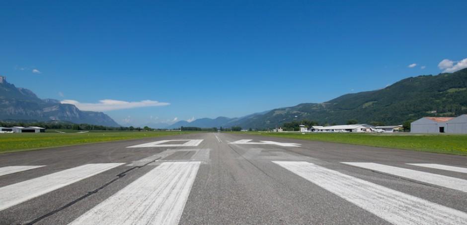 Piste 04 – 22 Aérodrome Grenoble – Le Versoud